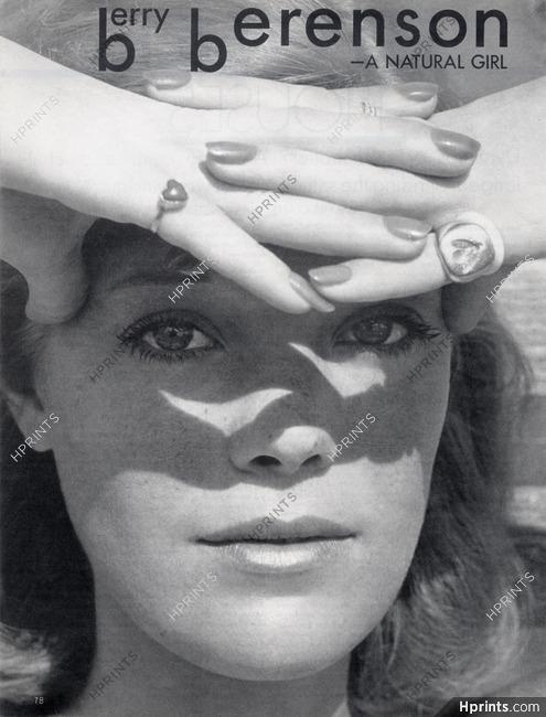https://hprints.com/s_img/s_md/38/38893-berry-berenson-1972-photos-jack-robinson-elsa-schiaparelli-marisa-berenson-d12074440abd-hprints-com.jpg